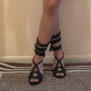 BCBGMAXAZRIA strappy Heels